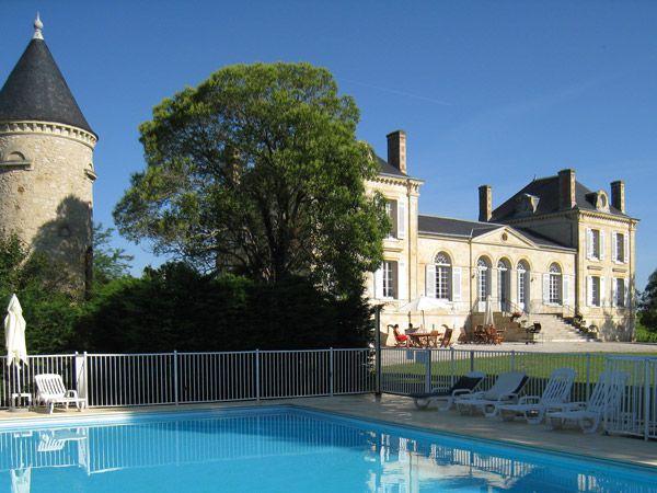 chateau la france chateau rental near bordeaux. Black Bedroom Furniture Sets. Home Design Ideas