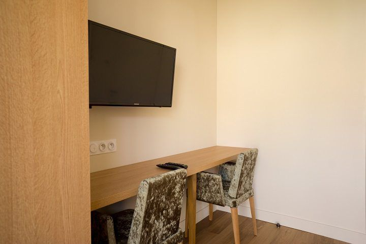 location chambres d 39 h tes bordeaux. Black Bedroom Furniture Sets. Home Design Ideas